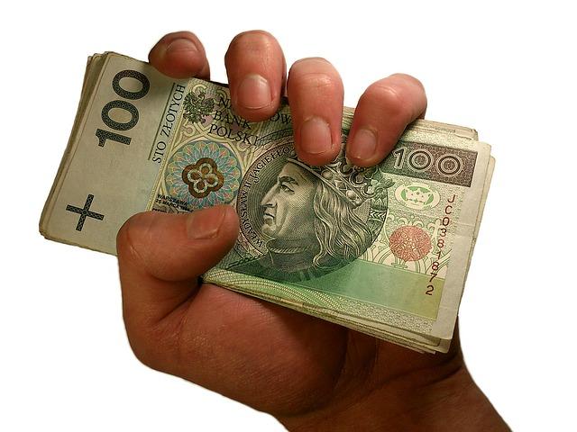 Pożyczki Prywatne – czym są i czy warto z nich korzystać?